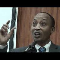 Major Dr. Rudasingwa Theogene offers two options to H.E Paul Kagame