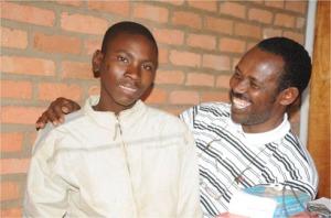 Padiri_Murenzi_Eugene_ari_kumwe_n_umwana_utavuga_copy_copy