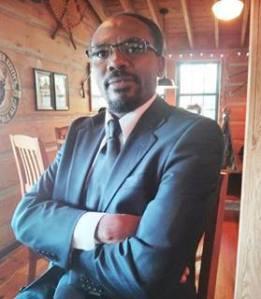 Le chef du milice Interahamwe était Tutsi et il n'était pas le seul, mais seuls les Hutus doivent payer les pots cassés!!!
