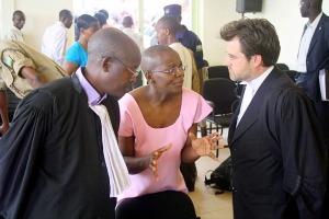 ingabire-with-her-2-lawyers