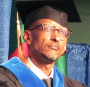 Rwandan-President-Paul-Kagame-receives-honorary-doctorate-William-Penn-University-051212-300x290