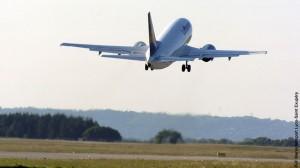 Decollage-d-un-avion-de-la-Compagnie-Lufthansa-300x168